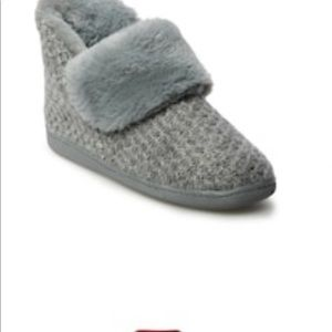 Sonoma Shoes - Womens SONOMA Sweater Bootie Slippers SzM(7/8)BNWT
